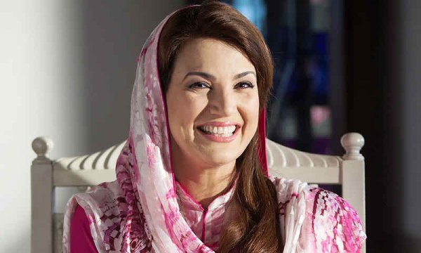 Top 5 Beautiful And Talented Pakistani Female Celebrities Of 2015002
