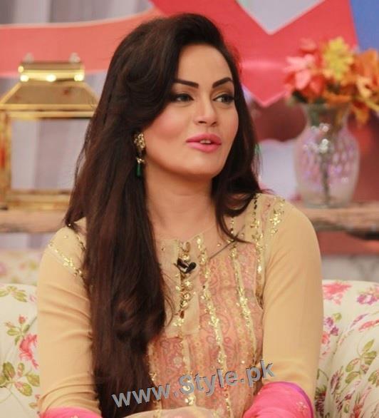 Pakistani Celebrities celebrating Valentines day (2)