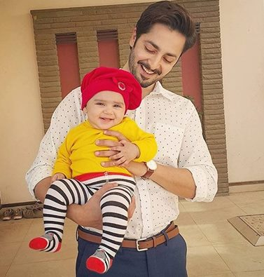See Recent Clicks of Danish Taimoor with his cute daughter