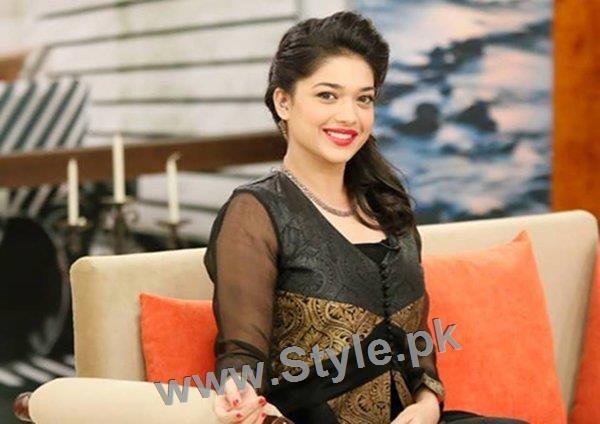 Top 5 Beautiful Pakistani Actresses (2)