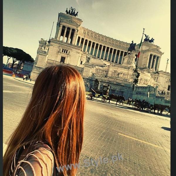 Arij Fatima is having fun in Italy (9)