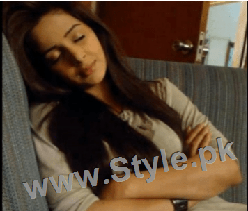 Pictures of Pakistani Celebrities when they are asleep (9)