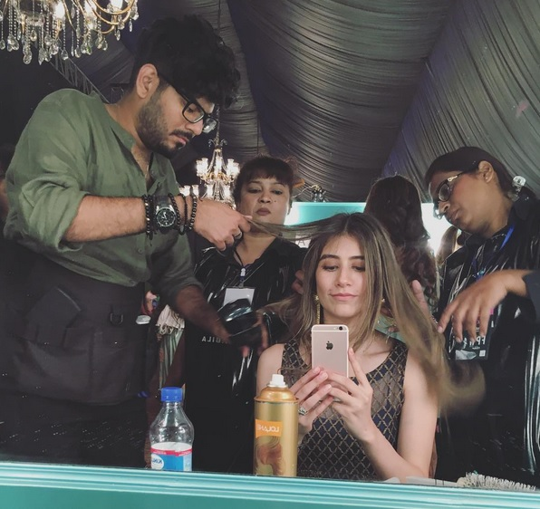 Syra Shahroz looked gorgeous at FPW16 Day 3 (3)