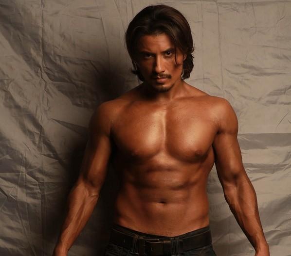 Ali Zafar Body