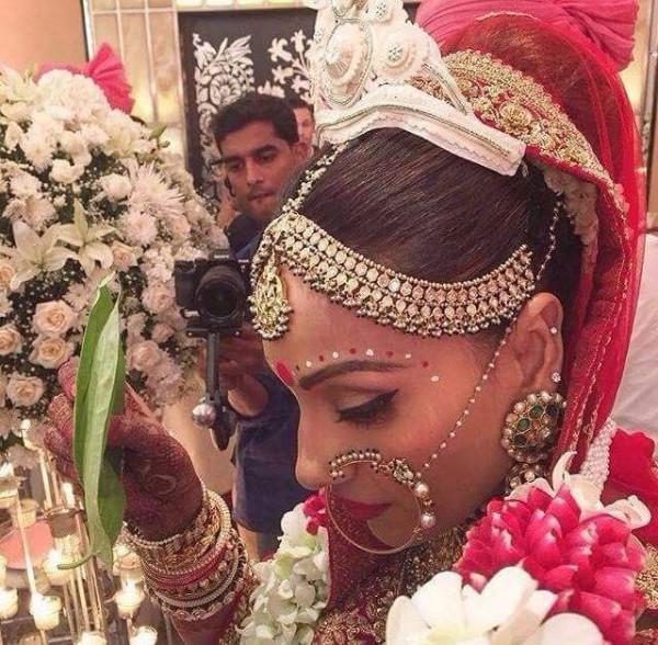 Bipasha Basu's Wedding Pictures (3)