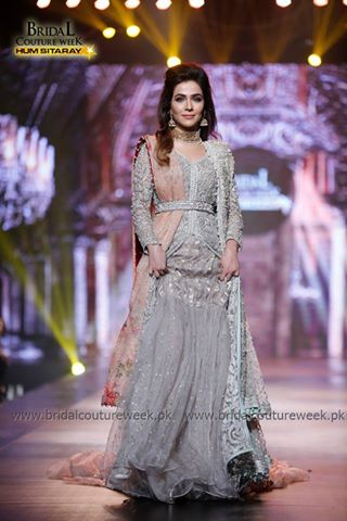 Which celebrity looked best at BCW Day 1 (3)