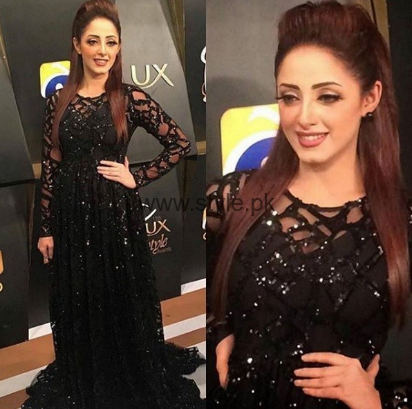 Best Dressed Celebrities at Lux Style Awards 2016 (3)