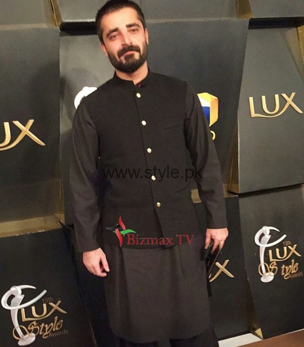 Pakistani Celebrities at Lux Style Awards 2016 (16)