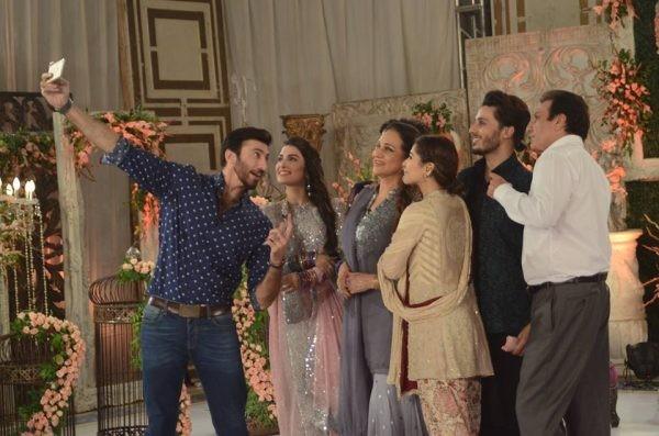 Pakistani Celebrities On Eid 2016