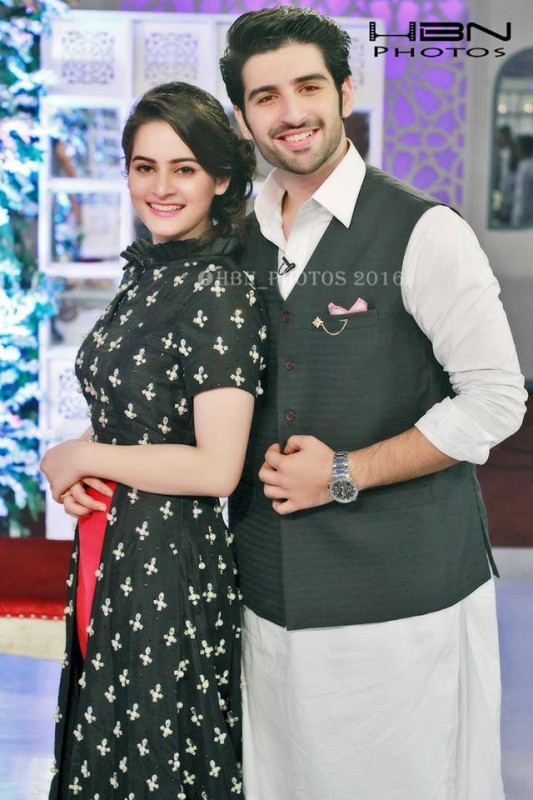 Recent Pictures of Beautiful Couple Aimen Khan and Muneeb Butt (7)