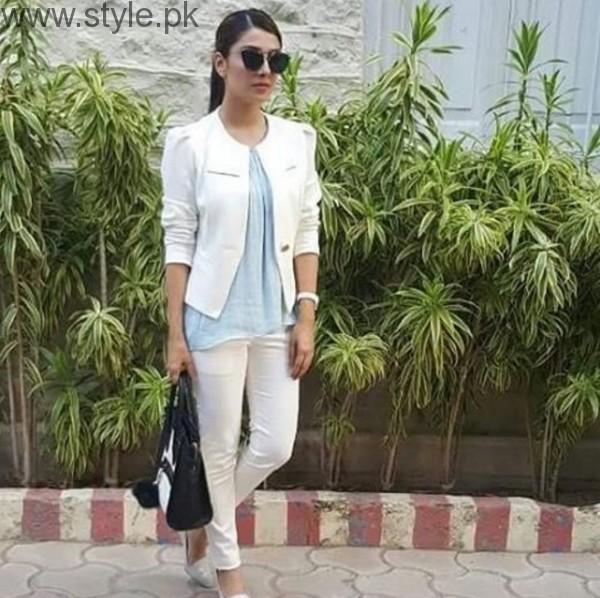Ayeza Khan In Glasses