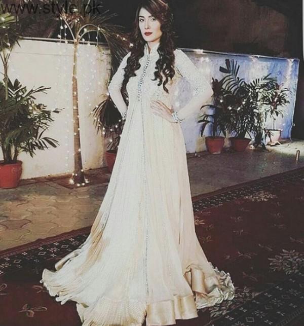 Ayeza Khan Shehrnaz