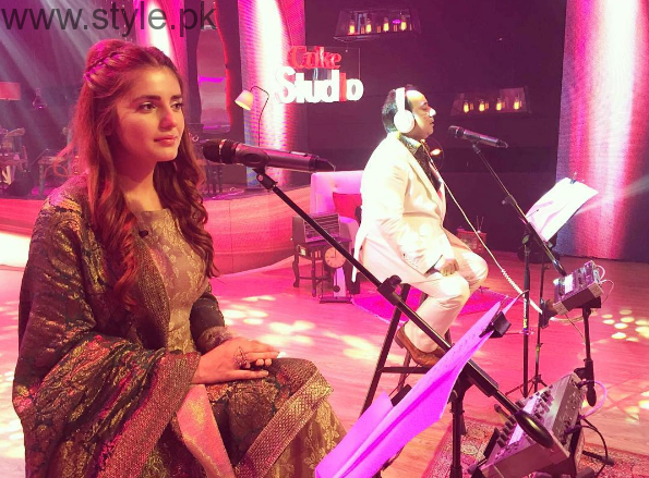 Facts to Know about Momina Mustehsan from Coke Studio (2)