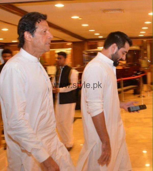 Imran Khan at Hamza Ali Abbasi's sister's Wedding (2)