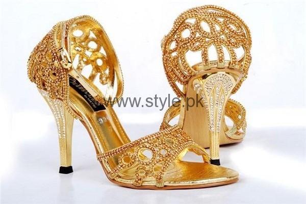See Latest Bridal Golden High Heels 2016