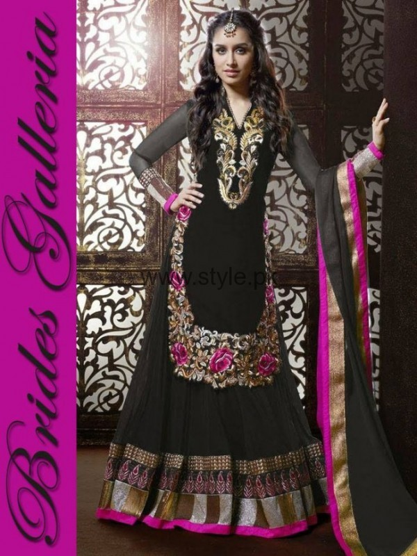 Latest Dresses 2016 for Mehndi Event (4)