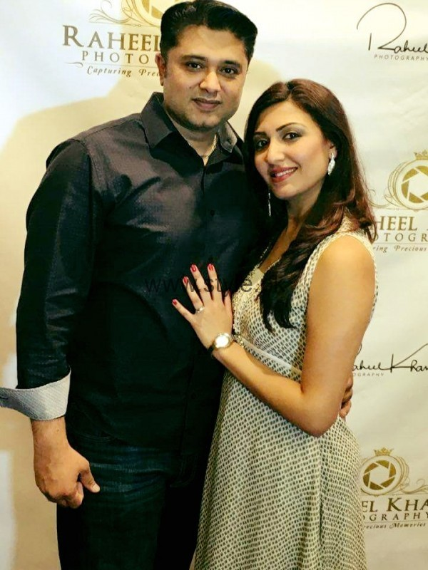 Maheen Rizvi at a Recent Event with her Husband (6)