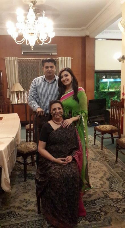 Maheen Rizvi's family Pictures (9)