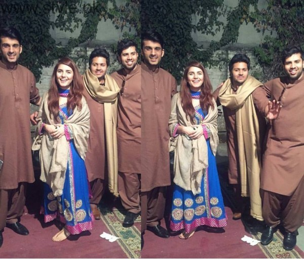 Momina Mustehsan's Family Pictures (15)