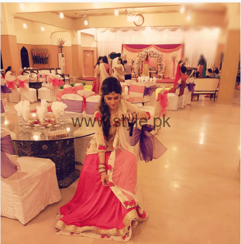 Pictures of Arij Fatyma at her Friend's Wedding (3)