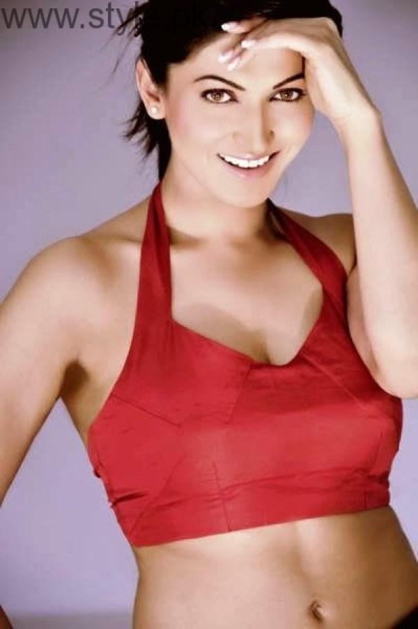 Sana Nawaz Hot