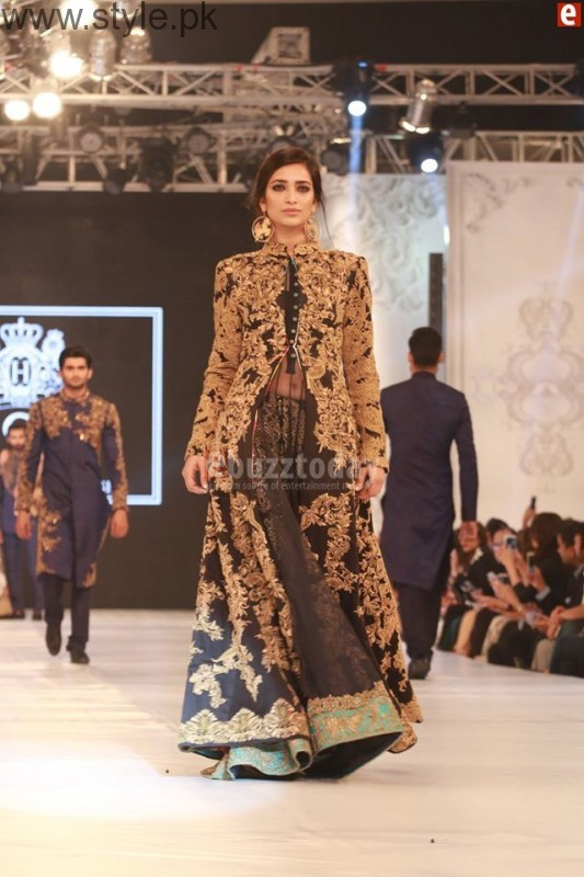 HSY at PFDC L'Oréal Paris Bridal Week 2016 Day 1 002 (7)