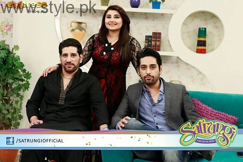 Humayun Saeed with his brothers (3)