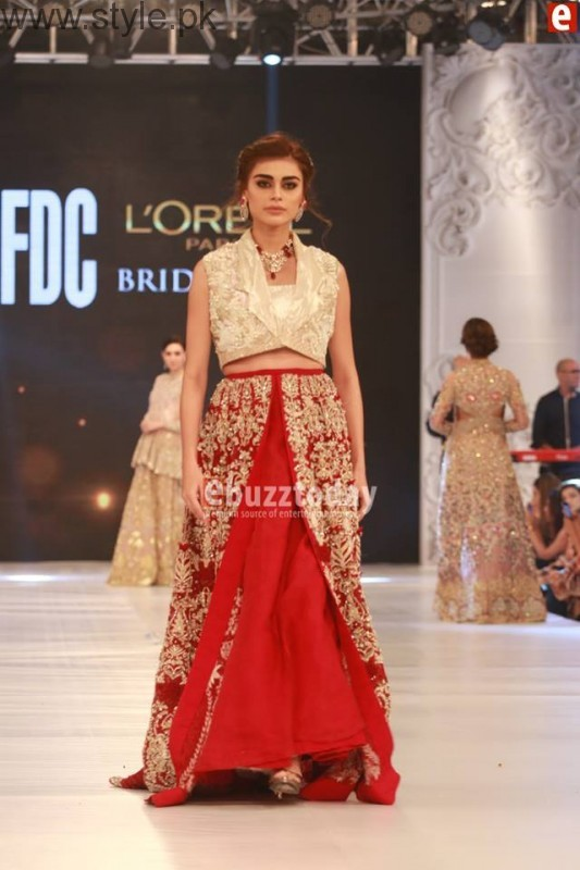 SairaShakira at PFDC L'Oreal Paris Bridal Week 2016 Day 1 (8)