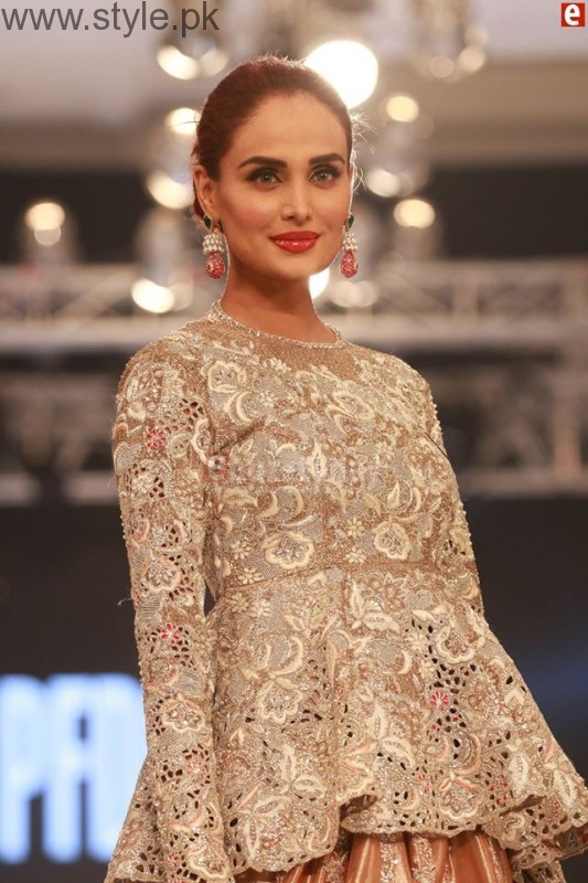Sania Maskatia at PFDC L'Oreal Paris Bridal Week 2016 Day 1 (16)
