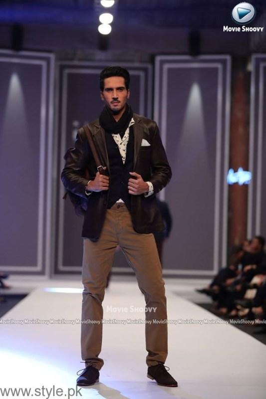 Aamir Adnan Collection at Fashion Pakistan Week 2016 (3)