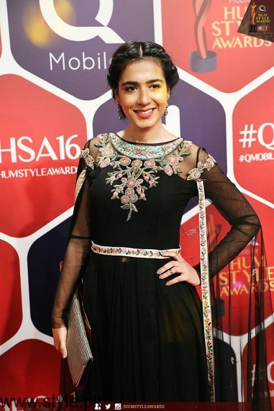 Best dressed Celebrities at HUM Style Awards 2016 (3)