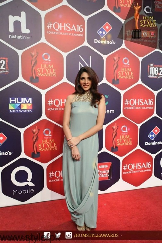 Best dressed Celebrities at HUM Style Awards 2016 (8)
