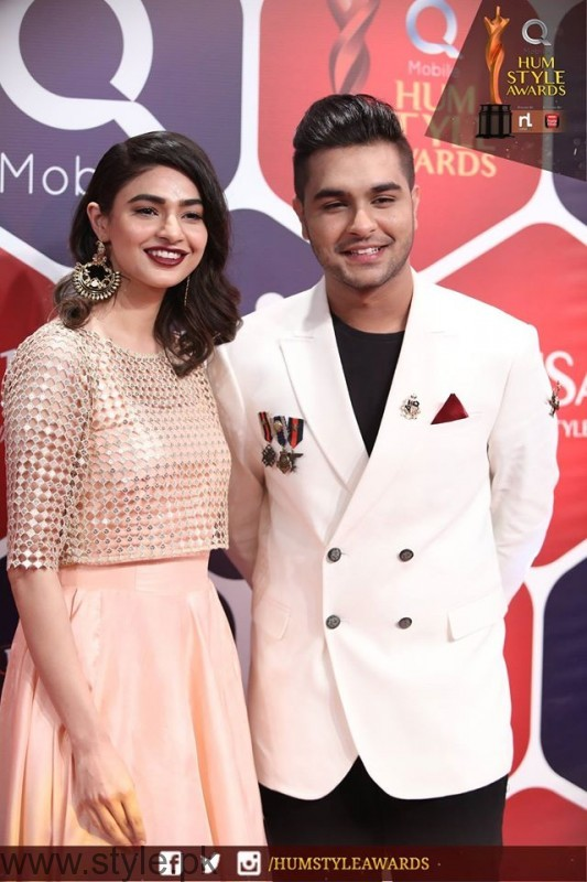 Celebrities at Qmobile HUM Style Awards 2016 (42)