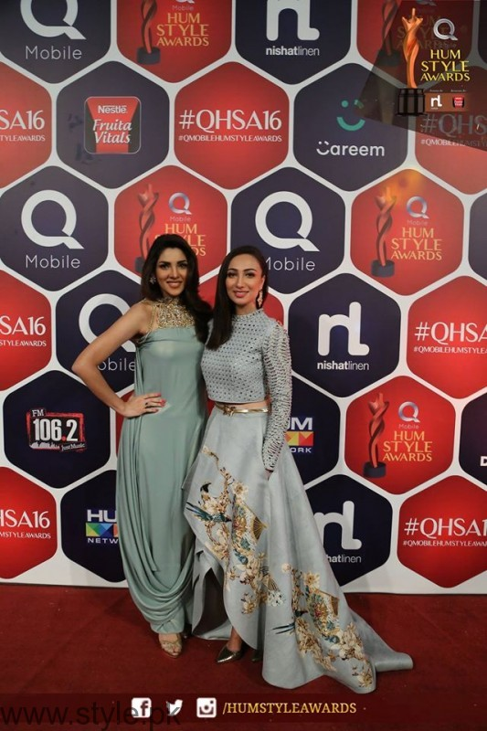 Celebrities at Qmobile HUM Style Awards 2016 (47)