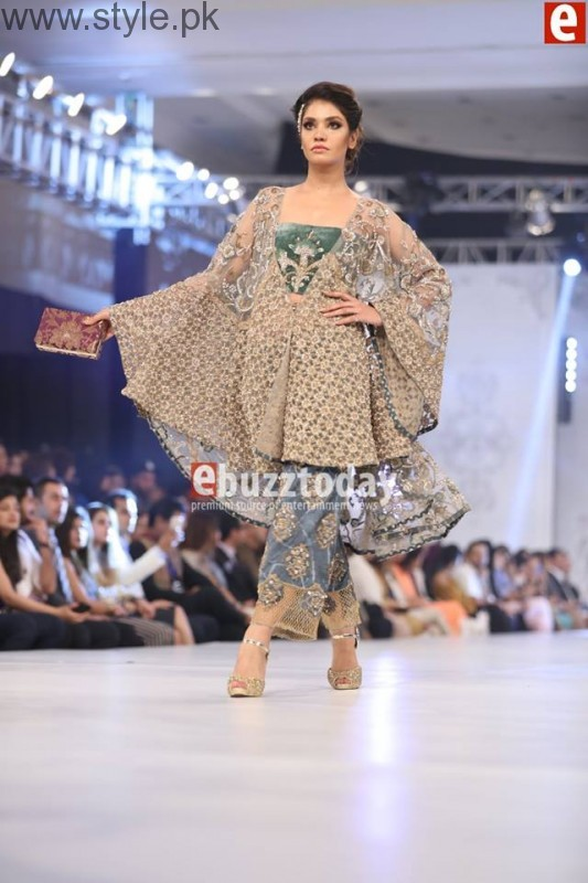 PFDC L'Oréal Paris Bridal Week 2016 Day 2 Pictures (19)