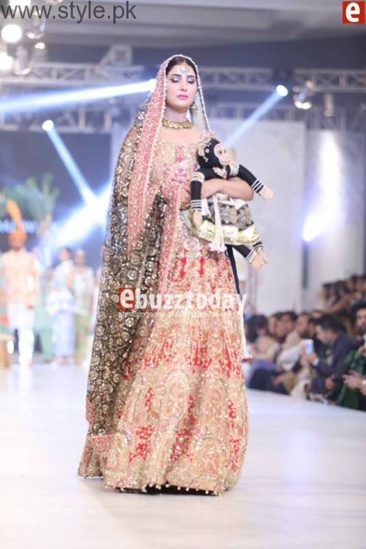 PFDC L'Oréal Paris Bridal Week 2016 Day 3 Pictures (23)