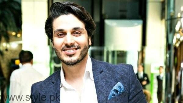 Top 5 Verstatile Actors In Pakistani Industry003