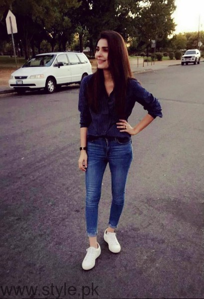 White Sneakers Trend in Pakistani Celebrities (4)