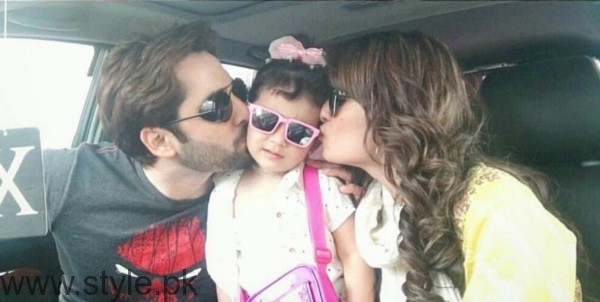 Ayeza Khan and Danish Taimoor With Their Daughter