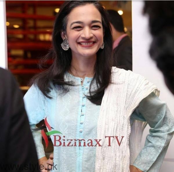 Celebrities at Premier of Jeewan Hathi (4)
