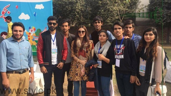 Maya Ali at Shaukat Khanum Memorial Cancer Hospital Fun Mela (3)