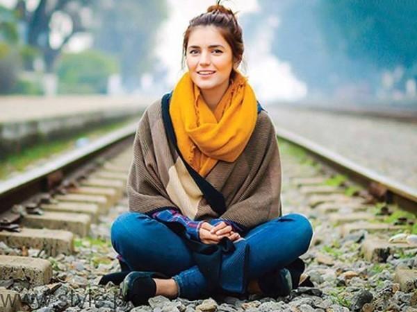 Momina Mustehsan Pakistani Female Singers Education