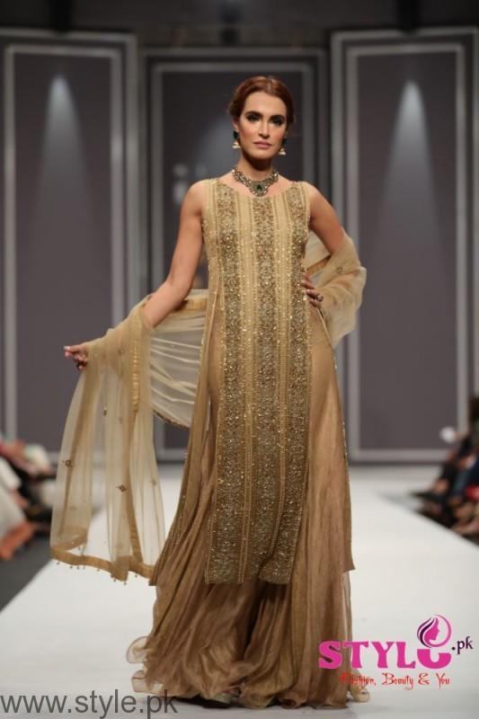 Natasha Kamal's Dresses at Fashion Pakistan Week 2016 (2)