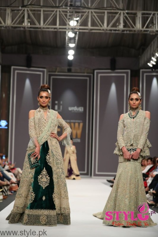 Shehla Chatoor FPW2016 Day 2 (1)