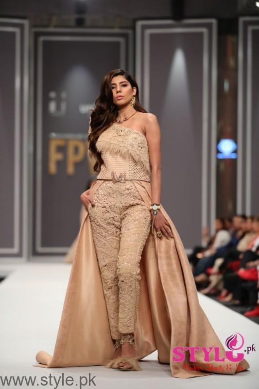 Shehla Chatoor Fashion Pakistan Week 2016 Day 2 (3)
