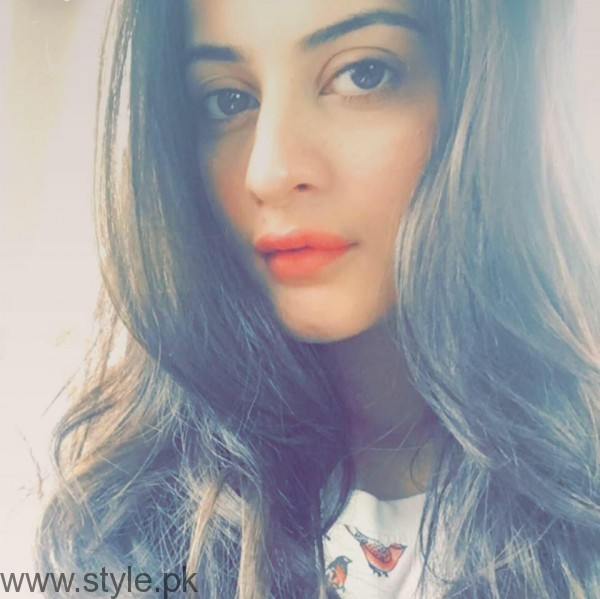 Aiman Khan's Profile, Pictures and Dramas (12)