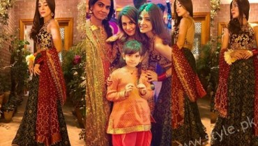See Ayesha Omar at her Friend's Mehndi