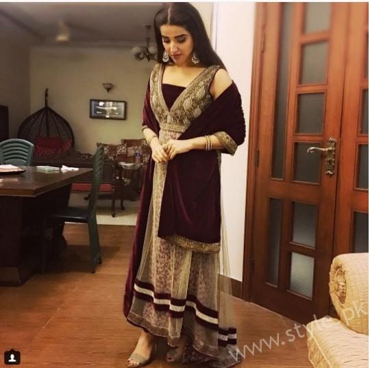 Hareem Farooq at her friend's Wedding (4)