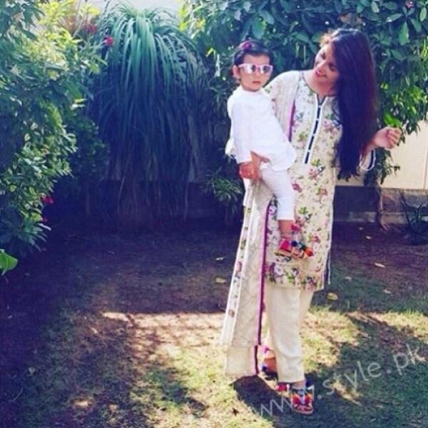 Hoorain Taimoor Ayeza Khan Daughter