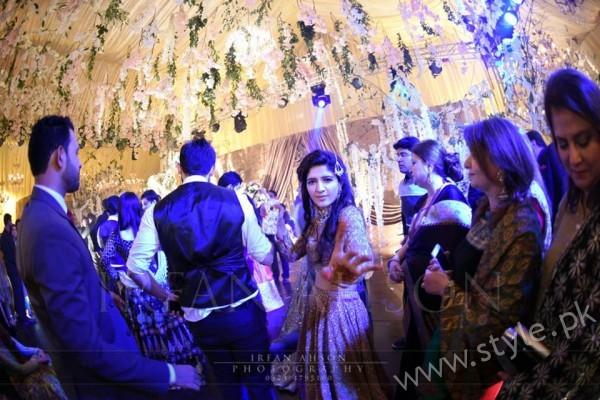 Urwa Farhan Wedding Pictures (12)